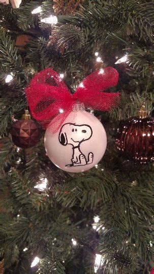 snoopy christmas ideas  pinterest merry