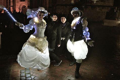 Britzer Garten Lichterfest by Inlovewithfire Ch Walkact Glow White Prince Luminous