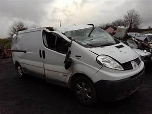 Piece Renault Trafic 2 : pare choc arriere d 39 occasion pour renault trafic ii ~ Maxctalentgroup.com Avis de Voitures