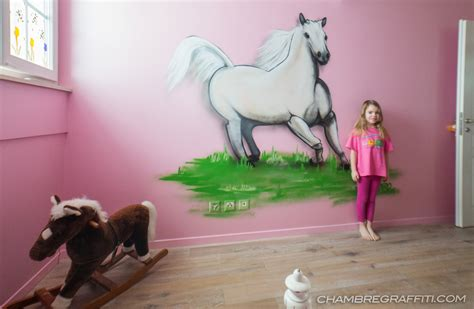 chambre cheval fille chambre de cheval blanc en graff chambre graffiti