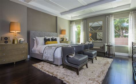 sophisticated bedroom features  smoky range