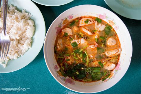cuisine yum yum best tom yum goong in mit ko yuan ม ตรโกหย วน