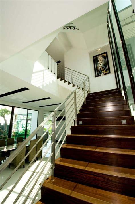 story house  malaysia  stunning views
