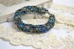 Comment Faire Un Bracelet En Perle : vid o tutoriel faire un bracelet joli avec des perles youtube ~ Melissatoandfro.com Idées de Décoration