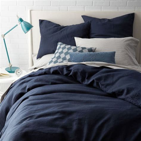 how to put a duvet cover on put on a duvet cover the easy way