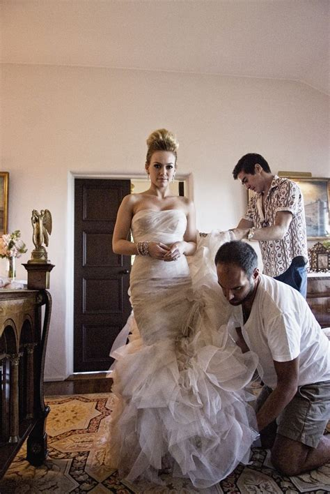 Hilary Duff Gemma Vera Wang Mermaid Style Wedding Gown