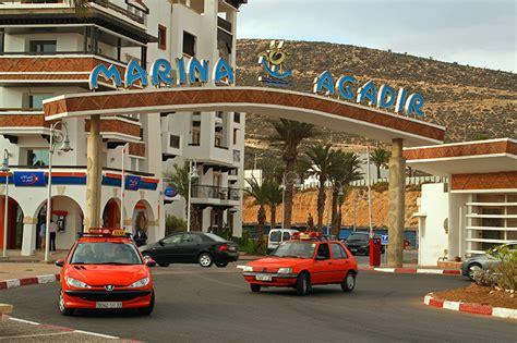 les taxis au maroc moyen de transport economique mais pas