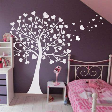 stickers arbre chambre fille sticker arbre à coeurs chambre bébé nature