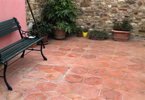 Piastrelle In Cotto by Piastrelle In Cotto Rosso Impruneta Tuscany