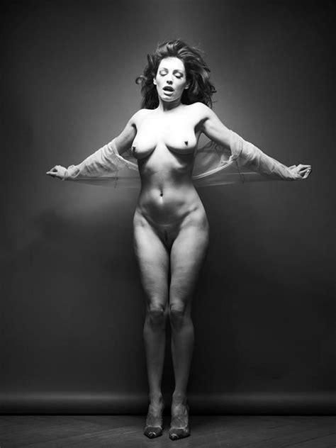 Kelly Brook Nude Leaked Icloud Pics Topless Shots