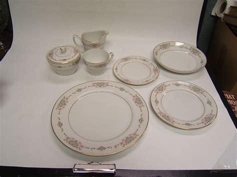 mikasa china fine japan dinnerware service vgc dublin