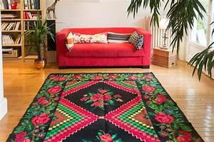 Tapis Deco Salon : les tapis moldaves de la tradition dans votre d co cocon d co vie nomade ~ Teatrodelosmanantiales.com Idées de Décoration