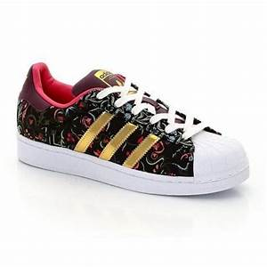 Shopping : baskets femme Superstar adidas fleurs Superstar, Adidas et Fils