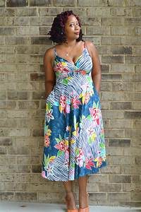 Aerie in a Thrift Store Sundress | Thriftanista in the City