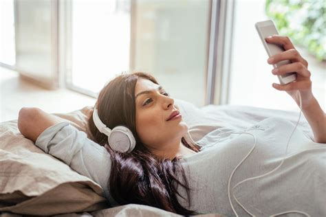 How To Listen To Podcasts Like A Pro Parents