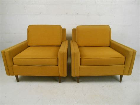 selig mid century lounge chair stylish pair of mid century modern lounge chairs by selig