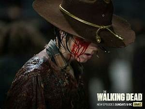 "#TWD ""No Way Out"" Episode *Carl turning and saying Dad ..."