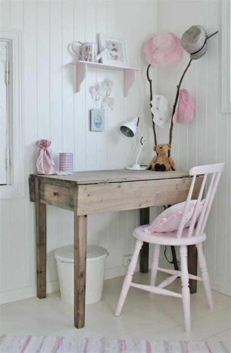 chaise de bureau en bois choisir la meilleure chaise de bureau enfant avec cette