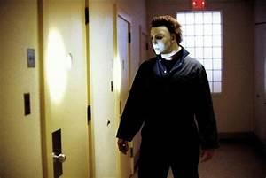 Halloween: Resurrection - Michael Myers | The Dark Side ...
