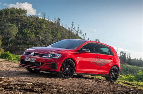 Vw Golf 7 Gti Tcr Test by Volkswagen Golf Gti Tcr Review 2019 Autocar