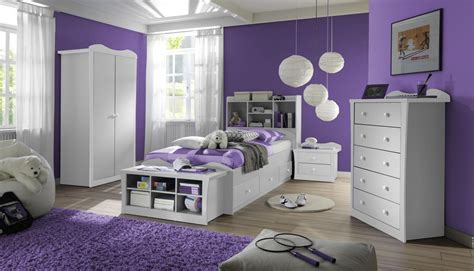 wohnzimmer lila weis wohndesign ideen