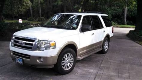 find   ford expedition xlt king ranch