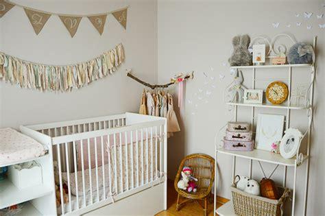 chambre fleurie chambre bébé fleurie avec du liberty bébé enfant
