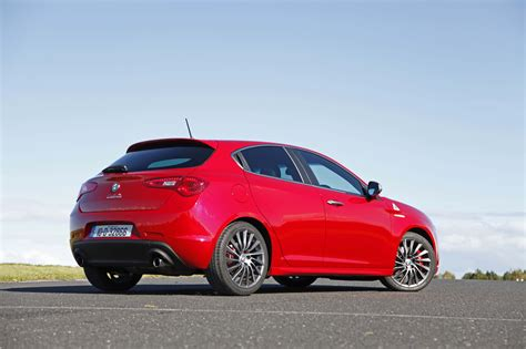 2014 Alfa Romeo by 2014 Alfa Romeo Giulietta Photos