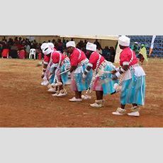The Traditional Khelobedu Dancers Maruma Fase Youtube