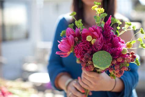 how to make a diy flower mart wedding bouquet 24 a practical wedding