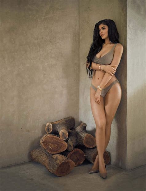 Kylie Jenner 28 Photos Video Thefappening