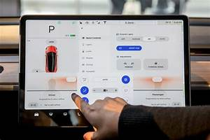 5 Ways the Tesla Model 3's Big Screen Makes a Big Impression   News   Cars.com