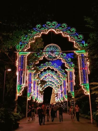 Gardens Bay Christmas Magical Garden Arches Arrival