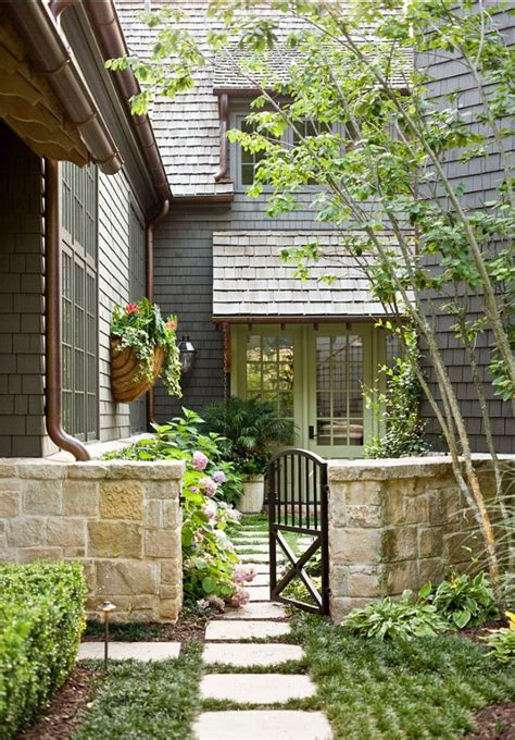 25 best ideas about front entry landscaping on