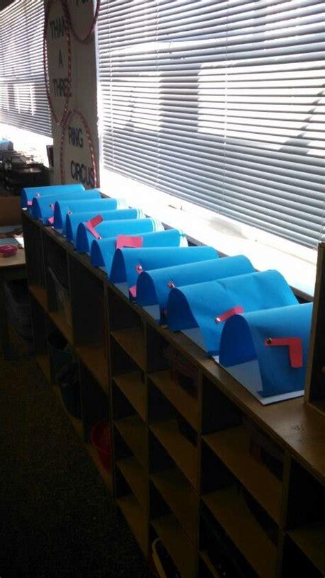 preschool mailbox best 25 community helpers crafts ideas on 165