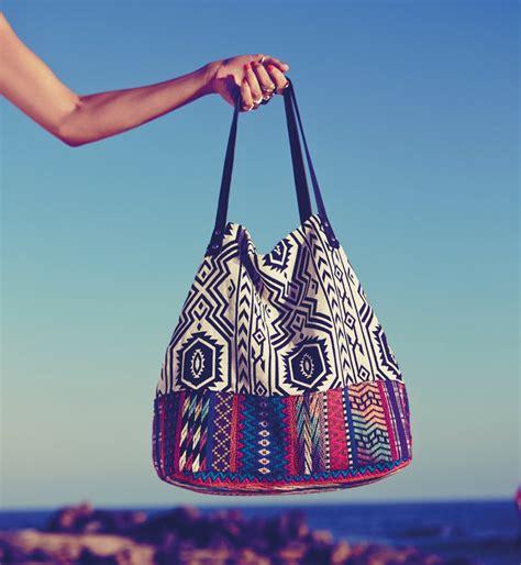 sac de plage tendance 25 sacs de plage pour cet 233 t 233 cosmopolitan fr
