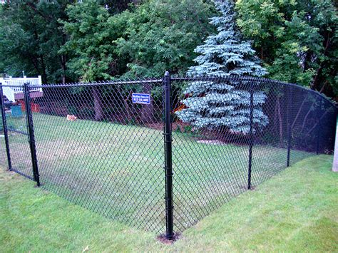6′ Black Vinyl Coated Chain Link Fence