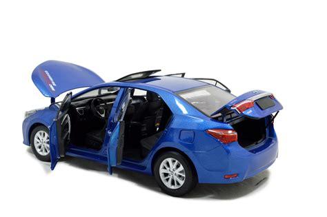 Toyota Corolla 2014 1/18 Scale Diecast Model Car Wholesale