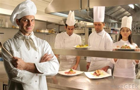sous chef cuisine what is a sous chef with pictures