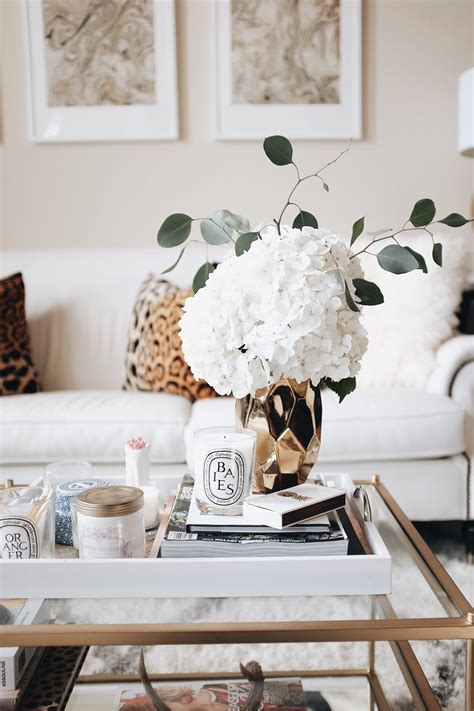 Did these coffee tables inspire you to go buy some fresh flowers? How To Style a Coffee Table | The Teacher Diva: a Dallas Fashion Blog featuring Beauty & Lifestyle