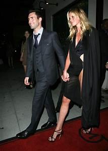 Adam Levine and Anne V Photos Photos - Adam Levine And ...