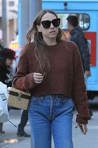 Sarah Sutherland Was spotted spending some time with her ...