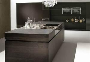 Küche Modern Mit Kochinsel Holz : luxuri se k che mit kochinsel aus dunklem holz und marmor ~ Bigdaddyawards.com Haus und Dekorationen