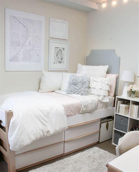 dorm room essentials dorm decor   cool dorm