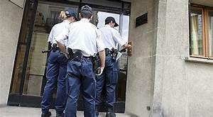 Uniforme Police Nationale : l 39 int rieur veut toffer la r serve de la police nationale ~ Maxctalentgroup.com Avis de Voitures
