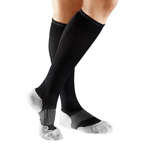 tommie copper womens graduated compression sock