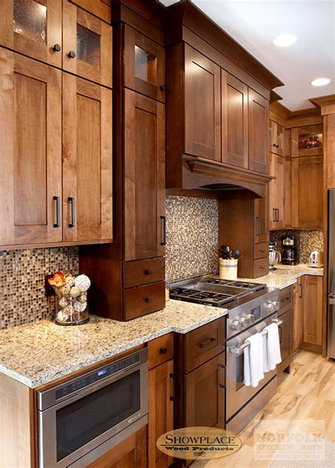 Maple kitchen cabinets by Showplace