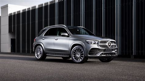 You can't go wrong with any of the new gle suvs and coupes, but each trim offers its own performance specs, spacious interior, and luxury features. Mercedes-Benz GLE 2019 pricing and specs confirmed - Car News   CarsGuide