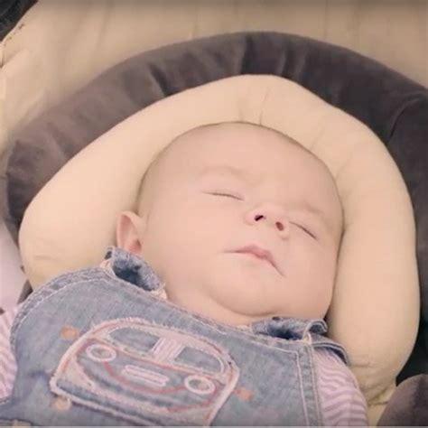 siege cale bebe reducteur de cosy cale tête bébé voiture