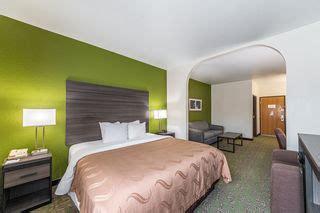 quality suites hotel san antonio tx book  stay